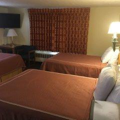Отель Caravan Motel США, Ниагара-Фолс - отзывы, цены и фото номеров - забронировать отель Caravan Motel онлайн гостиничный бар