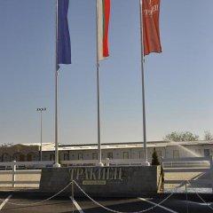 Отель Sport Complex Trakiets Болгария, Соколица - отзывы, цены и фото номеров - забронировать отель Sport Complex Trakiets онлайн парковка