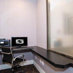 Отель Sandman Hotel Calgary City Centre Канада, Калгари - отзывы, цены и фото номеров - забронировать отель Sandman Hotel Calgary City Centre онлайн сейф в номере