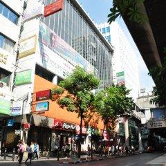 Отель Vplace Silom Бангкок городской автобус