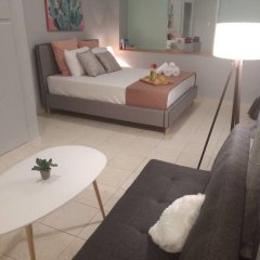 Апартаменты Ellie's Cozy Apartment комната для гостей фото 4