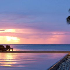Отель Hilton Mauritius Resort & Spa бассейн