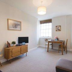 Отель Bright Queen Alexandra Apartment - MPN Великобритания, Лондон - отзывы, цены и фото номеров - забронировать отель Bright Queen Alexandra Apartment - MPN онлайн комната для гостей фото 3