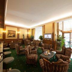 Отель Grand Hotel London Болгария, Варна - 1 отзыв об отеле, цены и фото номеров - забронировать отель Grand Hotel London онлайн интерьер отеля