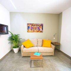 Отель Ona Living Barcelona Испания, Оспиталет-де-Льобрегат - 1 отзыв об отеле, цены и фото номеров - забронировать отель Ona Living Barcelona онлайн комната для гостей фото 4