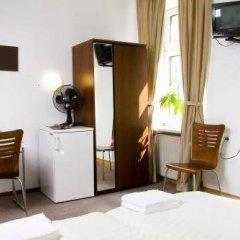 Отель Pension Lugano Мюнхен удобства в номере