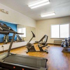 Отель Comfort Suites Tulare фитнесс-зал фото 2