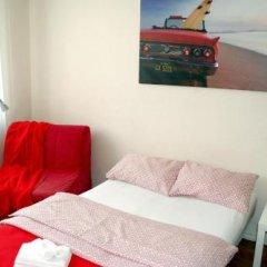 Отель Guest House on Studencheskaya 24 Екатеринбург комната для гостей фото 5