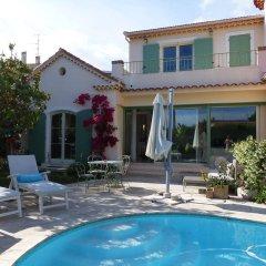 Отель Chambres d'Hotes Blue Dream Франция, Канны - отзывы, цены и фото номеров - забронировать отель Chambres d'Hotes Blue Dream онлайн бассейн