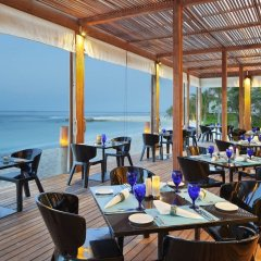 Отель Holiday Inn Resort Kandooma Maldives питание фото 3