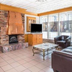 Отель Howard Johnson Hotel Yorkville Канада, Торонто - отзывы, цены и фото номеров - забронировать отель Howard Johnson Hotel Yorkville онлайн комната для гостей фото 4