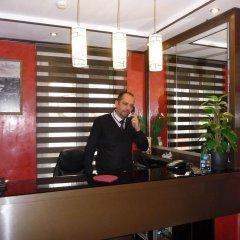 Отель Hôtel des Buttes Chaumont интерьер отеля фото 2