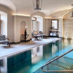 Four Seasons Hotel Prague бассейн