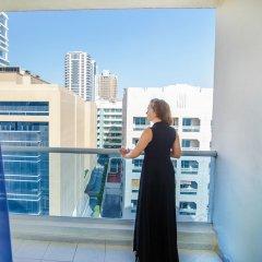 Отель Grand Excelsior Bur Dubai Дубай балкон