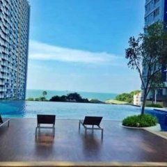 Отель Lumpini Parkbeach Jomtien Sea&Pool View by Dome Паттайя бассейн фото 2