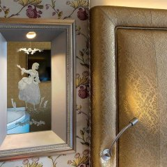 Отель Papadopoli Venezia MGallery by Sofitel Италия, Венеция - отзывы, цены и фото номеров - забронировать отель Papadopoli Venezia MGallery by Sofitel онлайн удобства в номере фото 2