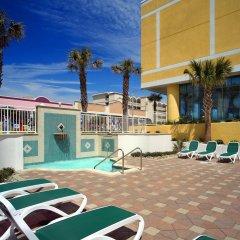 Sheraton Virginia Beach Oceanfront Hotel бассейн