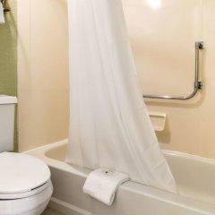 Отель Quality Inn Huntingburg ванная фото 2