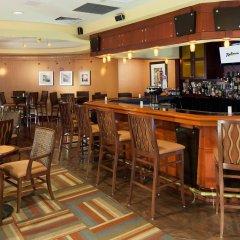 Отель Radisson Jfk Airport США, Нью-Йорк - отзывы, цены и фото номеров - забронировать отель Radisson Jfk Airport онлайн гостиничный бар