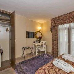 Отель By Murat Hotels Galata сейф в номере