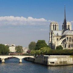 Отель LEMPIRE Париж приотельная территория