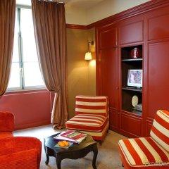 Отель Le Pavillon de la Reine Франция, Париж - отзывы, цены и фото номеров - забронировать отель Le Pavillon de la Reine онлайн удобства в номере
