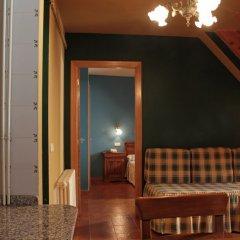 Отель Apartamentos Serrano Испания, Вьельа Э Михаран - отзывы, цены и фото номеров - забронировать отель Apartamentos Serrano онлайн комната для гостей фото 5