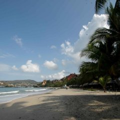 Отель Villas Las Azucenas Мексика, Сиуатанехо - отзывы, цены и фото номеров - забронировать отель Villas Las Azucenas онлайн пляж фото 2