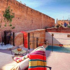 Отель Riad Carina Марокко, Марракеш - отзывы, цены и фото номеров - забронировать отель Riad Carina онлайн бассейн
