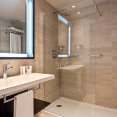 Отель Melia Alicante ванная фото 2