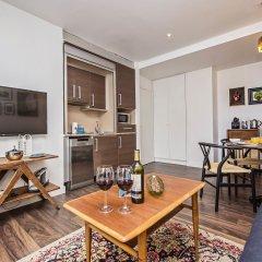 Отель Sweet Inn Apartments - Fira Sants Испания, Барселона - отзывы, цены и фото номеров - забронировать отель Sweet Inn Apartments - Fira Sants онлайн комната для гостей фото 5