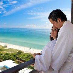 Отель The Alexander Miami Beach балкон