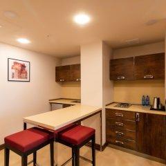 Отель Ramada and Suites by Wyndham Yerevan в номере