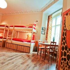Poco Loco Hostel Познань комната для гостей фото 2