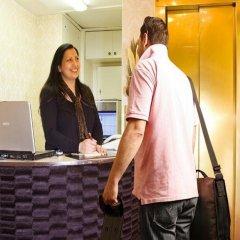 Отель Centro Hotel Hamburg Германия, Гамбург - отзывы, цены и фото номеров - забронировать отель Centro Hotel Hamburg онлайн интерьер отеля фото 2