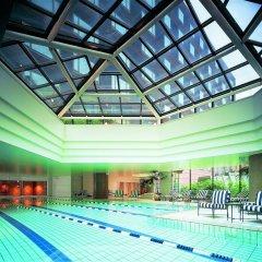 Отель Grand Hyatt Fukuoka Япония, Хаката - отзывы, цены и фото номеров - забронировать отель Grand Hyatt Fukuoka онлайн бассейн фото 3