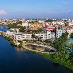 Отель Huong Giang Hotel Resort & Spa Вьетнам, Хюэ - 1 отзыв об отеле, цены и фото номеров - забронировать отель Huong Giang Hotel Resort & Spa онлайн бассейн