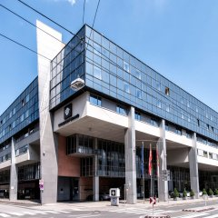 Отель Wyndham Grand Conference Center Зальцбург вид на фасад