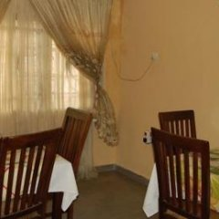 Liz Ani Hotel Annex Калабар удобства в номере фото 2