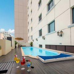 Отель Saigon Prince Hotel Вьетнам, Хошимин - 1 отзыв об отеле, цены и фото номеров - забронировать отель Saigon Prince Hotel онлайн бассейн фото 3