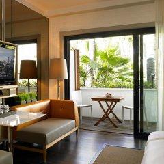 Отель Hollywood Roosevelt Hotel США, Лос-Анджелес - 1 отзыв об отеле, цены и фото номеров - забронировать отель Hollywood Roosevelt Hotel онлайн балкон