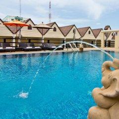 Golden Sea Pattaya Hotel бассейн