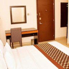 Отель Lakeem Suites - Agboyin Surulere удобства в номере
