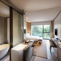 Отель Joyze Hotel Xiamen, Curio Collection by Hilton Китай, Сямынь - отзывы, цены и фото номеров - забронировать отель Joyze Hotel Xiamen, Curio Collection by Hilton онлайн удобства в номере