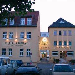 Hotel Kubrat an der Spree парковка