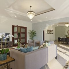 Отель Bespoke Residences-Luxury Frond A Villas интерьер отеля