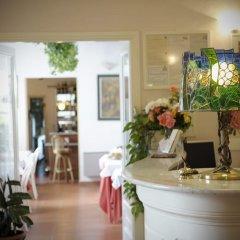 Отель Villa Belvedere Италия, Сан-Джиминьяно - отзывы, цены и фото номеров - забронировать отель Villa Belvedere онлайн интерьер отеля