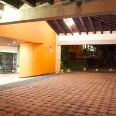 Отель Comfort Inn Palenque Maya Tucán парковка