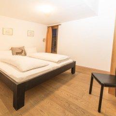 Отель Laagers Hotel Garni Швейцария, Самедан - отзывы, цены и фото номеров - забронировать отель Laagers Hotel Garni онлайн комната для гостей