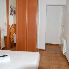 Отель Pension Francia Испания, Барселона - отзывы, цены и фото номеров - забронировать отель Pension Francia онлайн комната для гостей фото 5
